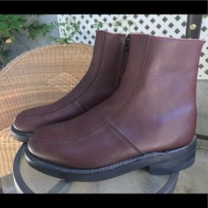 9eb15123aa4 EXECUTIVE IMPERIALS Burgundy Leather Boots Sz 8.5